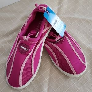 Speedo Size 2/3 M Youth Pink Mesh Water Shoes